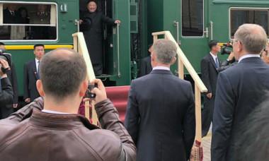 Cum arată misteriorul tren al lui Kim Jong Un. De ce evită avionul