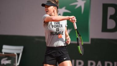Mesajul de pe tricoul Simonei Halep a stârnit reacția imediată a organizatorilor de la Roland Garros