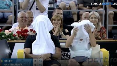 Cahill, chemat la on-court coaching, Simona a dat cu racheta de pământ. Gestul antrenorului, în uralele publicului. VIDEO