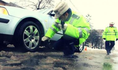 Motivul nebănuit pentru care șoferii riscă amenzi usturătoare, chiar dacă au anvelope de iarnă
