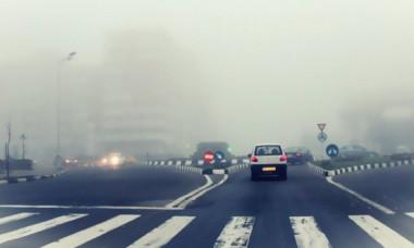 Ce vor păți șoferii care circulă cu proiectoarele de ceață aprinse tot timpul. Amenzile sunt usturătoare