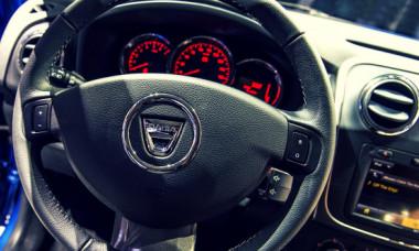Dacia și secretul din cabina șoferului. Cum ai acces la meniul surpriză