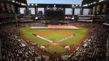 Record negru pentru SUA. Chiar şi aşa, ideea MLB este susţinută de responsabili ai sănătăţii publice. Ce plănuiesc americanii
