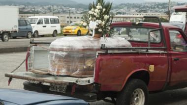 """Noi mărturii din Guayaquil, orașul unde spitalele au colapsat și victimele sunt abandonate pe străzi: """"E crud ce se întâmplă!"""""""