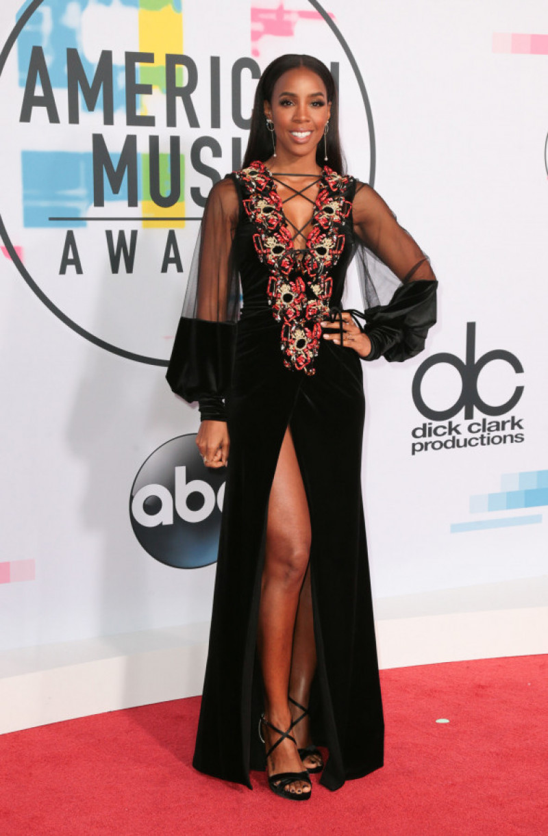 kelly-rowland-ama-2017-splash