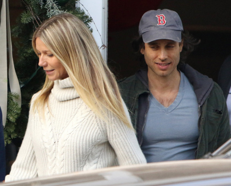 gwyneth-paltrow-brad-flachuk-splash