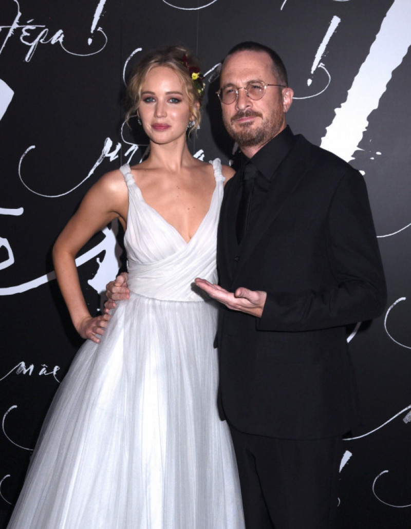 jennifer-lawrence-darren-aronofski-splash