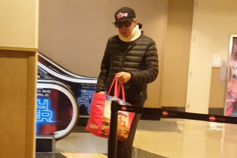 *EXCLUSIVE* Val Kilmer wears neck brace and appears frail as he tries to go Incognito at the movie theater!