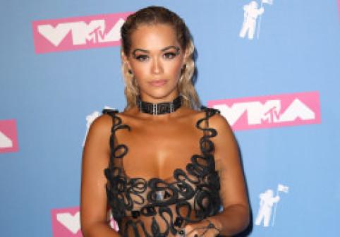 Cele mai transparente ținute de la MTV VMA. Rita Ora și Nicki Minaj au atras toate...