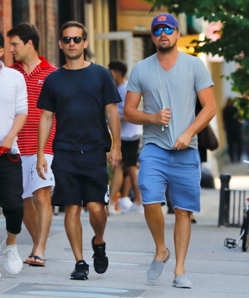 EXCLUSIVE: Leonardo DiCaprio, Tobey Maguire, and Richie Akiva go shopping in Soho, New York