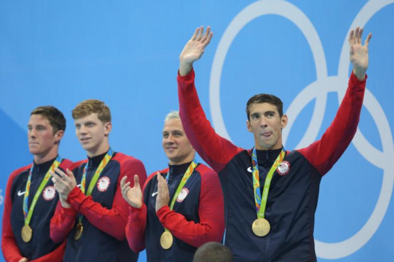 michael-phelps-medalii-splash
