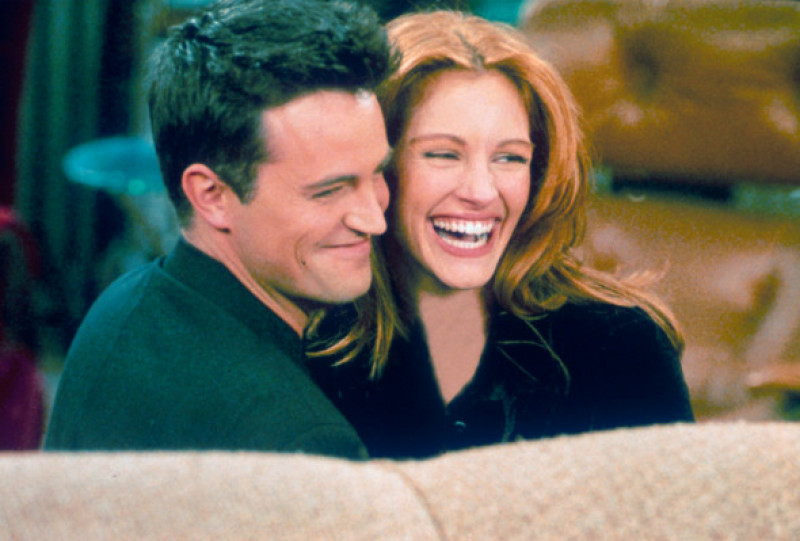 Actor Matthew Perry and actress Julia Roberts