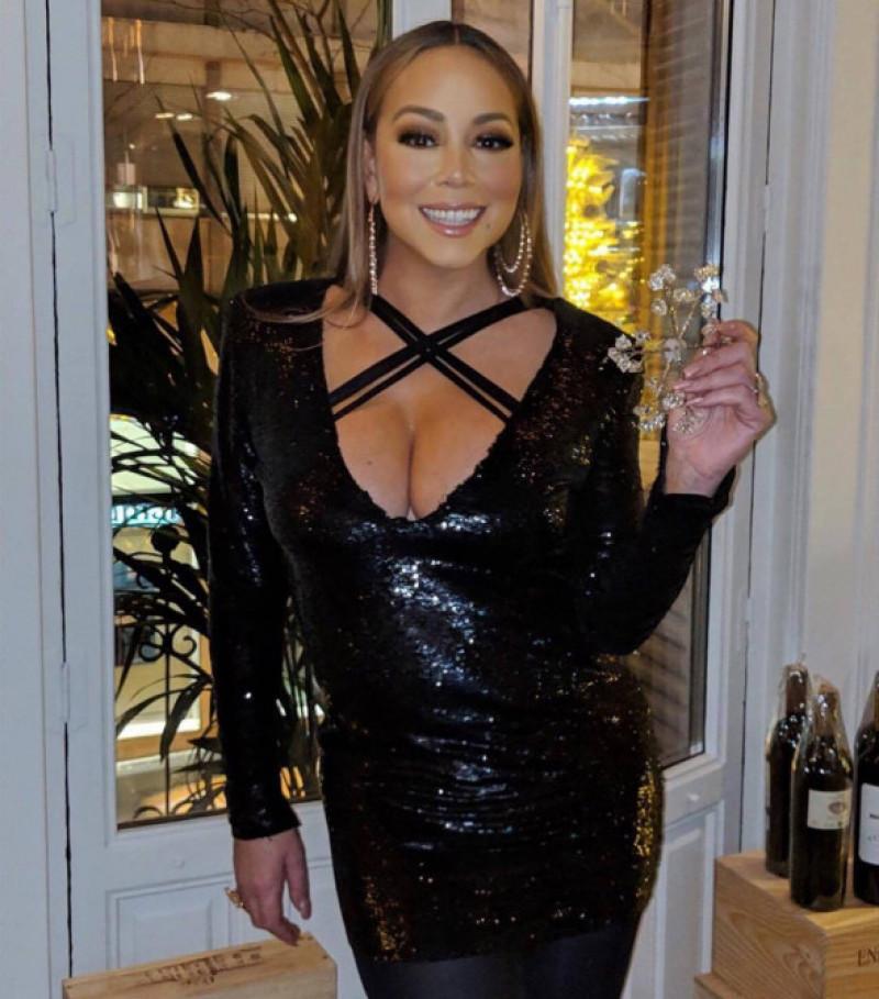 Mariah Carey rochie sexy