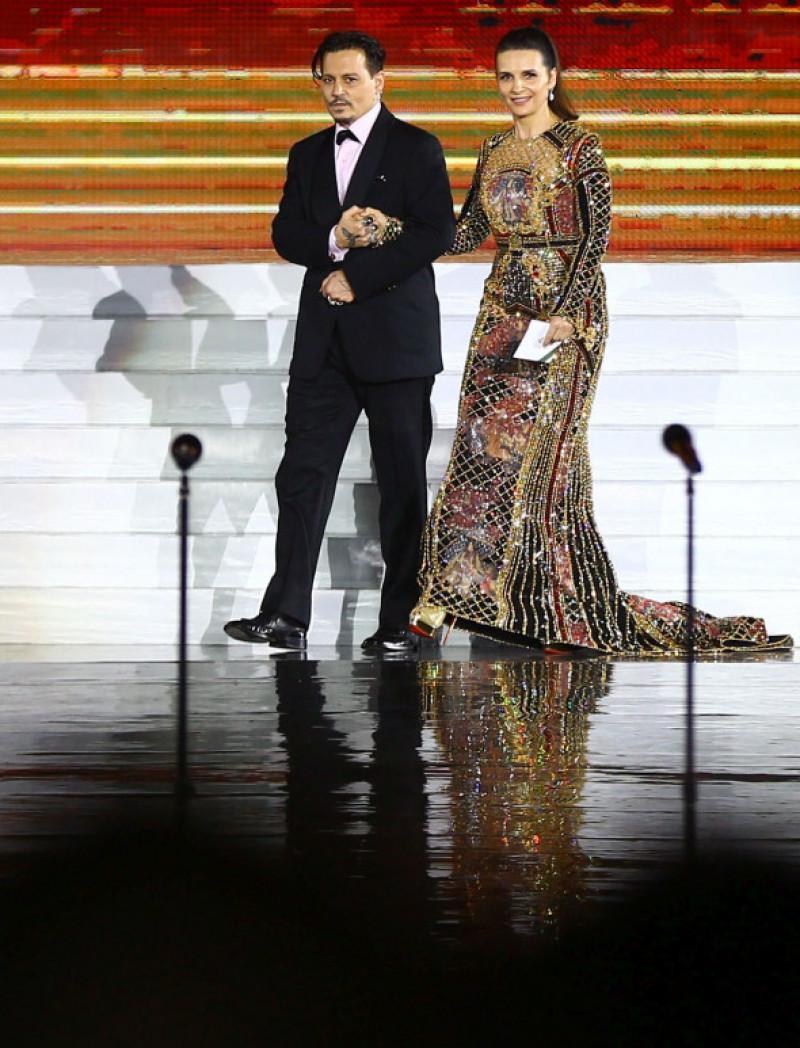 Johnny Depp și Juliette Binoche la Festivalul Internațional de Film de la Hainan