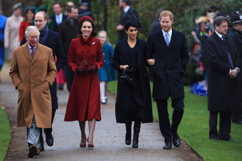 Prințul Charles, Prințul William, Kate Middleton, Meghan Markle și Prințul Harry