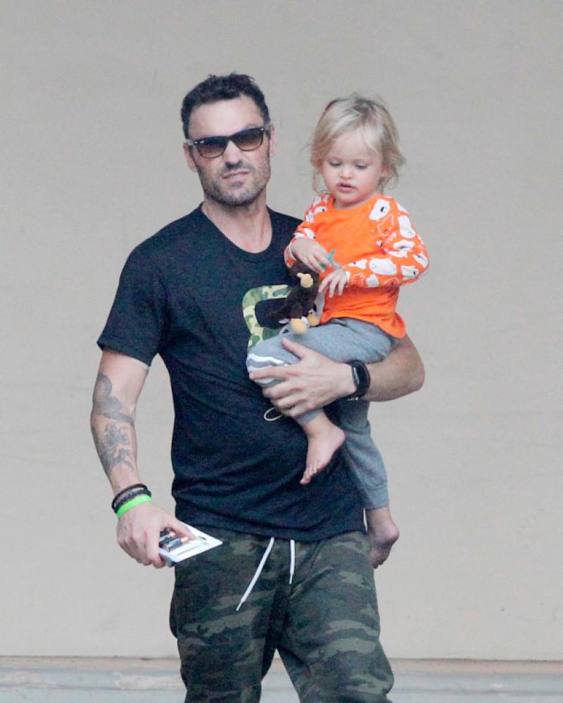Brian Austin Green alături de fiul său în Malibu