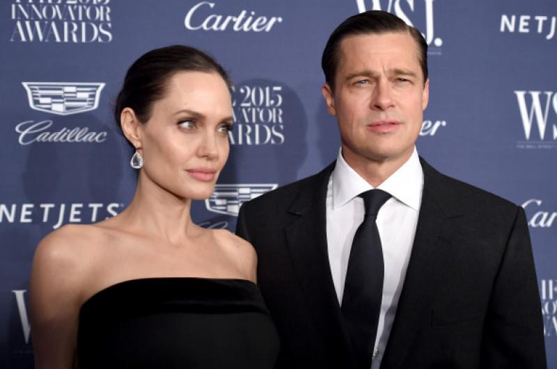 Angelina Jolie alături de Brad Pitt