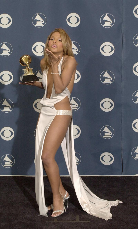 Toni Braxton premiile Grammy 2001