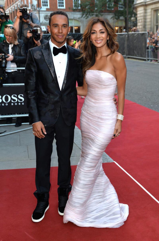 Lewis Hamilton și Nicole Scherzinger la premiile GQ