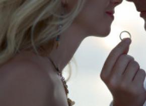 Dragostea este in aer! Celebritatile care si-au anuntat logodna anul acesta