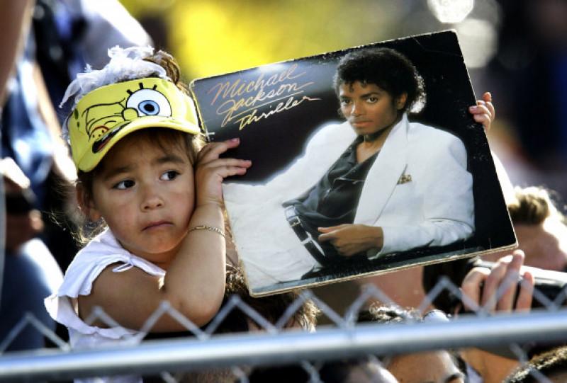 Michael Jackson a fost acuzat de molestarea mai multor copii