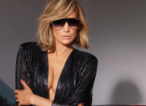 Jennifer Lopez, la SNL, în cea mai decoltată rochie din lume: Arăt mai bine acum decât în urmă cu 20 de ani. FOTO