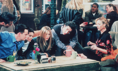 Selfie cu prietenele preferate ale Americii: cum arată astăzi Monica, Rachel și Phoebe din Friends
