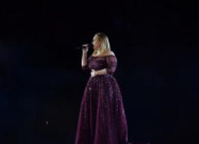 Adele se reinventează: schimbare spectaculoasă de look. Metoda prin care a reușit să slăbească. FOTO