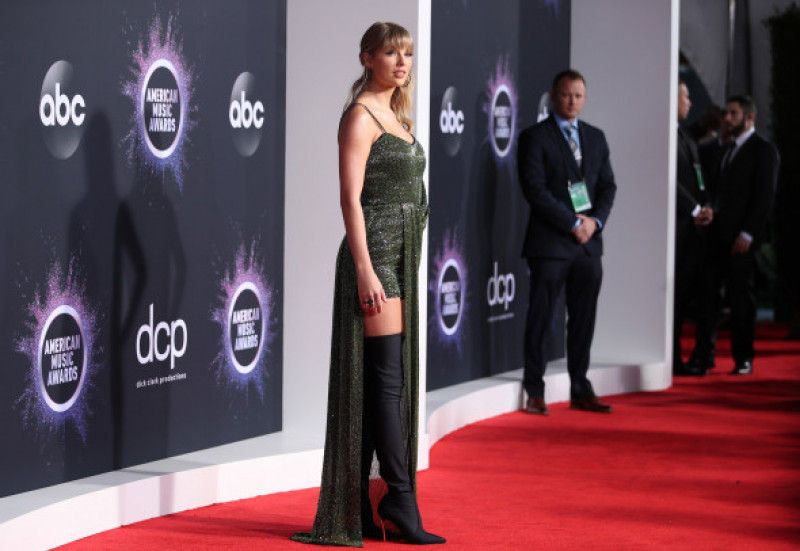 Taylor Swift  - 2019 American Music Awards