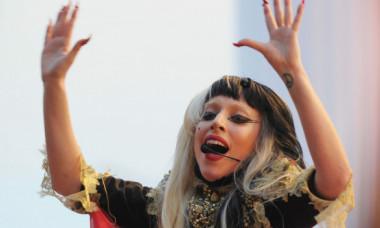 Adevărata față a lui Lady Gaga. Și-a uimit fanii cu frumusețea ei naturală, fără machiaje stridente: Ești chiar tu?