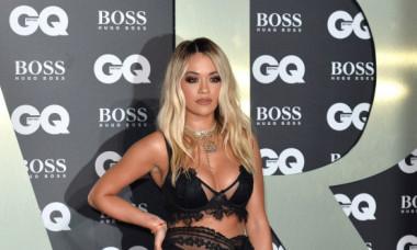 Rita Ora a făcut furori pe Instagram, într-un costum de baie minuscul. FOTO