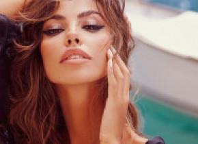 """Mădălina Ghenea, apariția care i-a uimit total pe fani: """"Sophia Loren are o urmașă!"""" Cum s-a îmbrăcat supermodelul"""