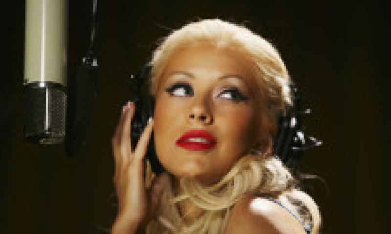"""După ce renunțat la dietele chinuitoare, Christina Aguilera surprinde cu o transformare spectaculoasă. """"Ești superbă"""", i-au scris fanii"""
