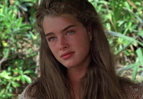 Brooke Shields, în costum de baie, la 54 de ani. Cum arată actrița și top-modelul anilor '80