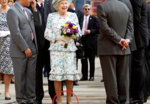 Știai? De ce pantofii Reginei Elisabeta sunt purtați de altă persoană înainte ca ea să-i încalțe pentru prima oară