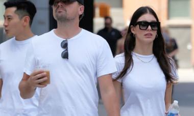 Imagini rare cu Leonardo Dicaprio și iubita lui de 23 de ani, la plajă. Cum au fost surprinși cei doi