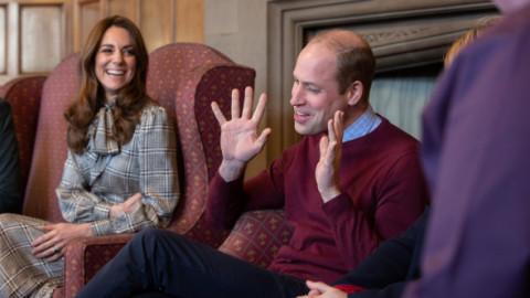 Prima apariție a ducilor de Cambridge, după anunțul celor de Sussex. Ce dezvăluie limbajul corpului despre starea lor