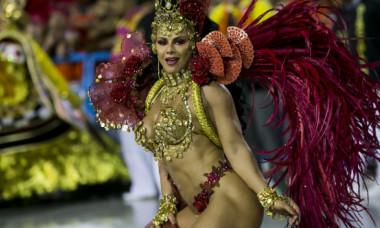 Cele mai spectaculoase imagini de la Festivalul din Rio de Janeiro 2020. Costumațiile extravagante purtate de brazilience