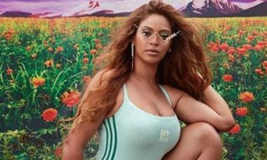 Beyonce, apariție irezistibilă în costum de baie, la 39 de ani. Cum arată diva care se mândrește cu silueta sa voluptoasă