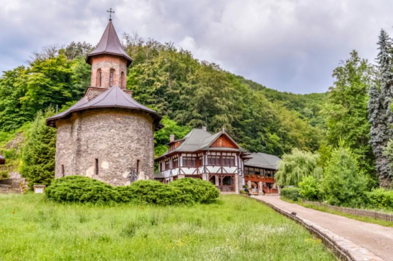 Cele mai frumoase mănăstiri din România.