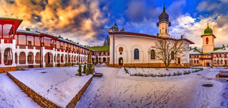 Cele mai frumoase mănăstiri din România - Agapia