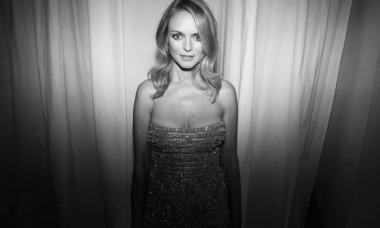 Actriță celebră, apariție fabuloasă în costum de baie la 51 de ani. Diva se mândrește cu un trup de zeiță