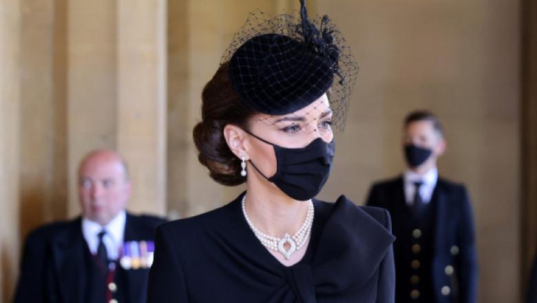 Gestul de prețuire al lui Kate Middleton pentru regina Elisabeta a II-a și prințesa Diana, la înmormântarea prințului Philip