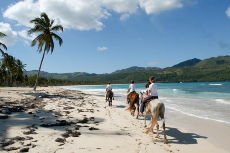 Las,Galeras,,Dominican,Republic,-,25,January,2002:,People,Riding