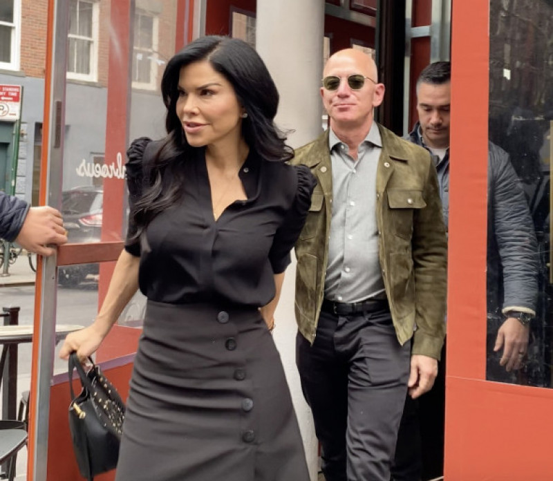 Jeff Bezos and Lauren Sanchez Beam with Happiness as they Leave Lunch Date with Anna Wintour in NYC