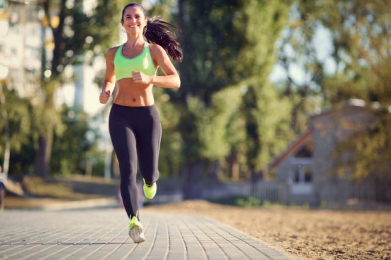 Cele mai bune exerciții care ard calorii în timp record