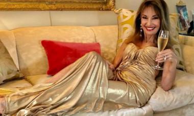 Actriță celebră, în costum de baie la 74 de ani. Imaginea senzațională a făcut furori pe rețelele sociale