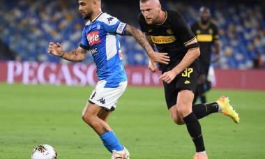 Napoli s-a calificat in finala Cupei Italiei, dupa 1-1 cu Inter Milano. Dries Mertens a devenit cel mai bun marcator din istoria clubului napoletan