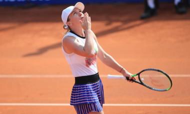 Simona Halep s-a calificat in finala de la Praga, dupa ce a invins-o pe Irina Begu in semifinale