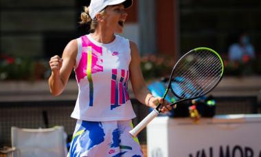 Simona Halep s-a calificat in finala de la Roma, dupa un meci incredibil cu Garbine Muguruza